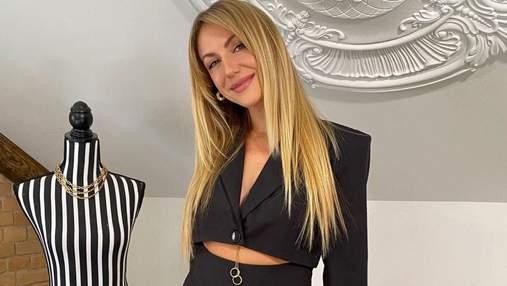 Леся Никитюк показала стильный образ в дерзком наряде: фото