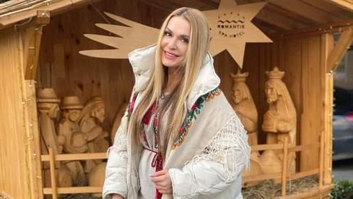 Ольга Сумская поделилась, как выглядела в 12 лет: архивные фото звезды в маминой шляпе
