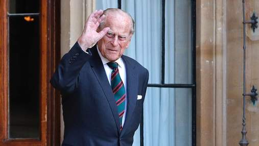 Третья ночь в больнице: как чувствует себя 99-летний принц Филипп после госпитализации
