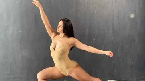 Ілона Гвоздьова засвітила розкішну фігуру в обтислому боді: еротичне фото