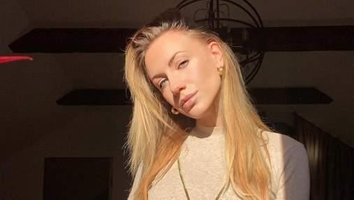Леся Никитюк удивила сексуальными формами в пикантном боди