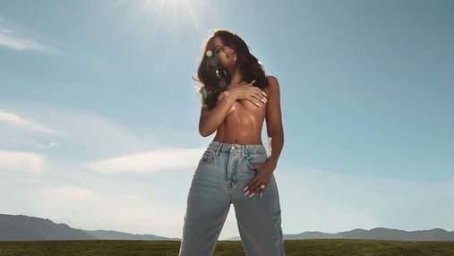 Хлои Кардашян похвасталась большой обнаженной грудью: дерзкое фото топлесс