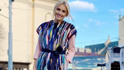 Ірина Федишин прогулялася Львовом: фото яскравого образу співачки