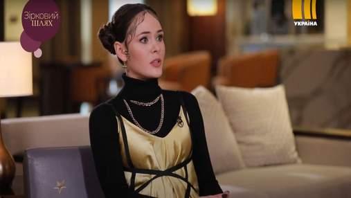 Ей важно прожить, – Юлия Санина рассказала о сотрудничестве с Тиной Кароль