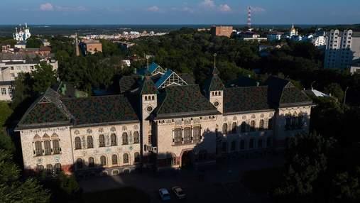 Полтавський краєзнавчий музей: що всередині історичної будівлі