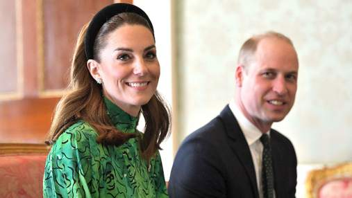 Кейт Миддлтон и принц Уильям поздравили с Днем святого Патрика: яркий look герцогини