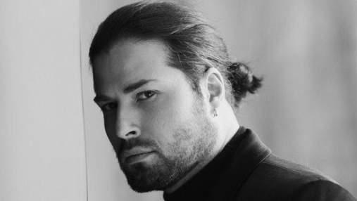 Девід Аксельрод після перенесеного COVID-19 залишився без волосся: фото