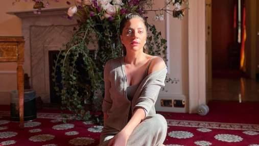 Прислал все цветы Рима, –  Леди Гага похвасталась подарком от бойфренда