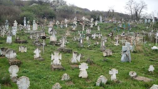 Куяльницкое кладбище – старинные казацкие захоронения, до сих пор не защищенные государством