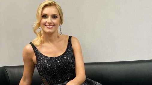 Ірина Федишин підкорила розкішним образом у блискучій вечірній сукні: фото