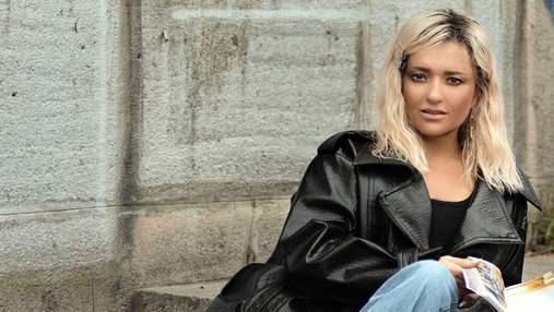 Наталья Могилевская поразила смелым сочетанием джинсов и куртки: фото образа звезды