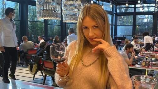 Леся Нікітюк спробувала вино від Бреда Пітта й Анджеліни Джолі: які її враження