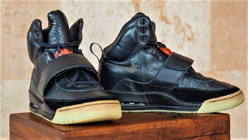 Найдорожчі в історії: кросівки Каньє Веста продали на аукціоні за 1,8 мільйона доларів