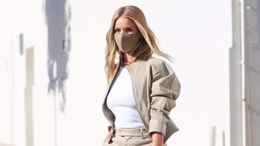 Бежеві штани і бомбер: Розі Гантінгтон-Вайтлі демонструє ідеальний образ для бізнес-зустрічей