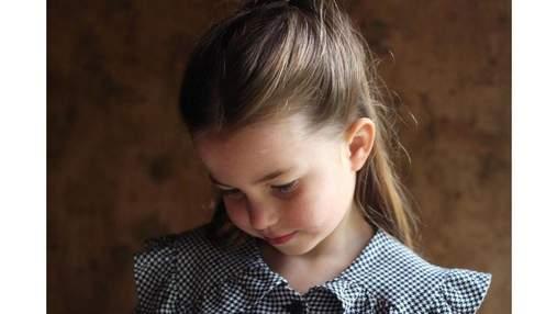 Королевский дворец поделился новым фото принцессы Шарлотты по случаю ее дня рождения