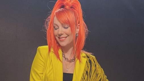 Світлана Тарабарова вразила стильним образом у лимонному костюмі: фото