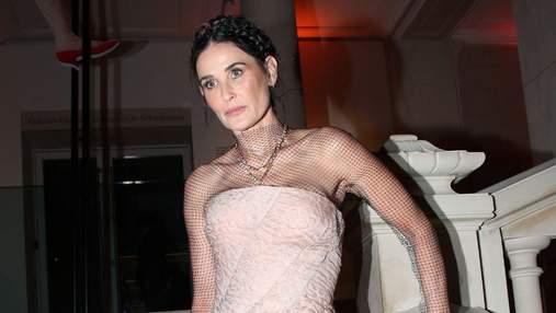 Эффекта впалых щек у Деми Мур и Мадонны можно было избежать: комментарий пластического хирурга