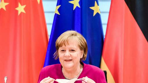 Меркель сподівається, що невакциновані туристи зможуть провести канікули у Європі