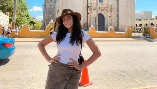 Настя Каменских удивила образом в стильной мини-юбке: фото из Мексики