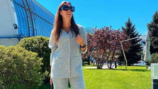 Жена Григория Решетника ошеломила весенним образом в стильном костюме: фото