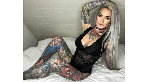 Женщина покрыла все тело татуировками с любимыми героями своего сына: это стоило 70 000 долларов