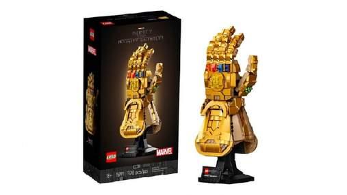 """Кращі моменти фінальної сцени """"Месників"""": LEGO випустив набір з Рукавицею Нескінченності"""