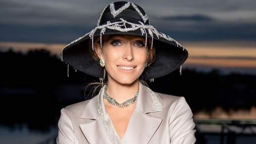 Вагітна Катя Осадча захопила вишуканим образом в елегантному піджаку: фото