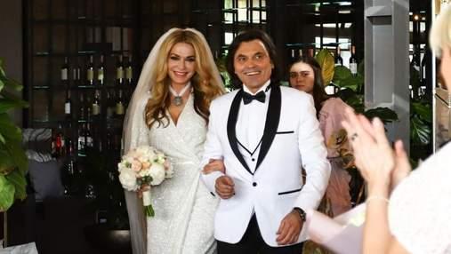 Ольга Сумская показала фото со второй свадьбы с Борисюком: трогательные кадры