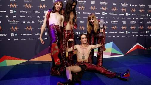 Курьез на Евровидении-2021: у солиста Måneskin порвались штаны во время празднования победы