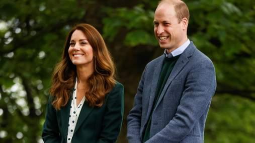 Кейт Міддлтон посадила квіти в парку: елегантний образ герцогині в смарагдовому костюмі