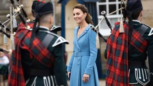 Кейт Миддлтон показала 2 изысканных образа и завершила тур по Шотландии: эффектные фото