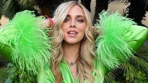 Кьяра Ферраньи ошеломила ярким образом в зеленом топе: эффектные фото