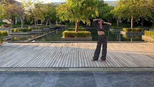 Маша Єфросиніна захопила стильним образом на відпочинку в Мексиці: фото