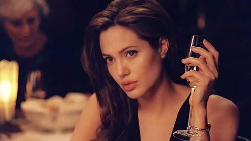 Анджеліні Джолі – 46: топ-10 знакових б'юті-образів зірки, які завжди в моді
