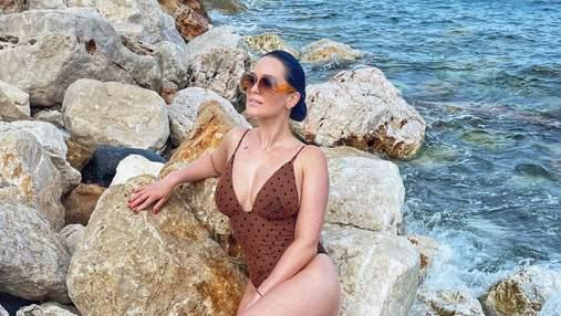 Даша Астафьева похвасталась соблазнительными формами: ее поклонники в восторге от горячих фото