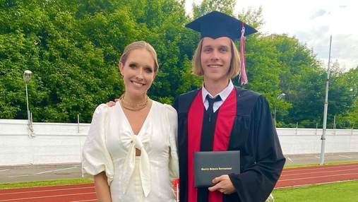 Катя Осадчая показала редкое фото со старшим сыном: кадр с выпускного вечера