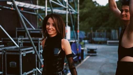Сміливе боді та прозорий костюм: Надя Дорофєєва показала гарячі образи на сольному концерті