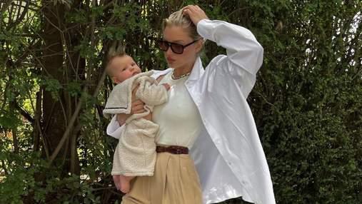 Эльза Хоск загорала вместе с маленькой дочерью: трогательное фото