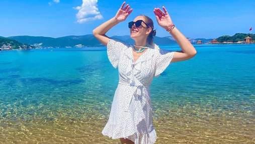 Катя Осадча захопила образом у сукні зі спільної колекції з Андре Таном: фото