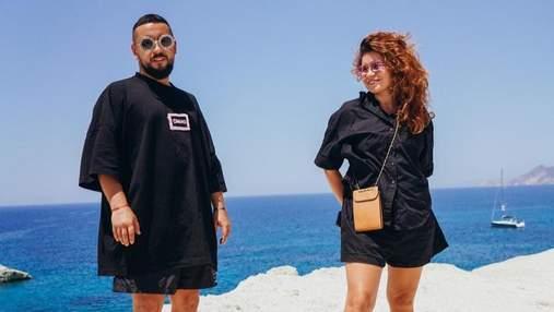 Монатик с женой отдыхает в Греции: новые романтические фото супругов