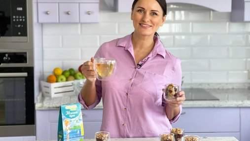 Идеальный летний завтрак с ягодами: рецепт крамбла с овсянкой от Лизы Глинской