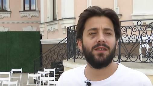 Переможець Євробачення-2017 Сальвадор Собрал заспівав українською: відео з концерту в Києві
