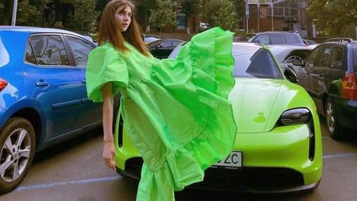 Jerry Heil приголомшила яскравим образом у зеленій сукні: фото