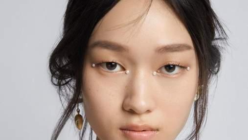 Головні літні тренди в макіяжі: візажист Dior розповів про золото, перли і сяйливу шкіру
