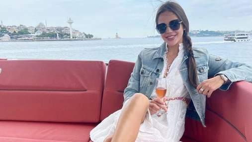 """Переможниця """"Холостяка-10"""" Даша Ульянова прогулялась на яхті в Туреччині: фото"""