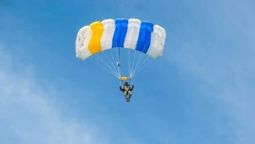 Скайдайвінг в Україні: де стрибнути з парашутом і в скільки це обійдеться