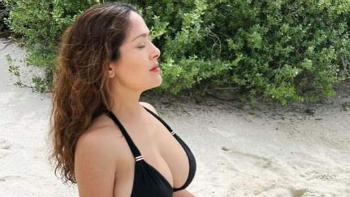 Сальма Хайек призналась, увеличивала ли когда-нибудь себе грудь