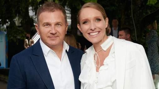 Катя Осадчая и Юрий Горбунов позировали во Львове: романтические фото супругов