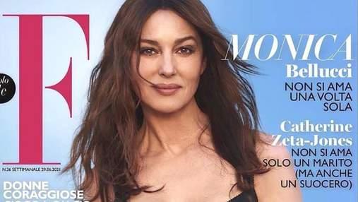 Моника Беллуччи позировала в корсетном платье для глянца F Magazine: яркая фотосессия