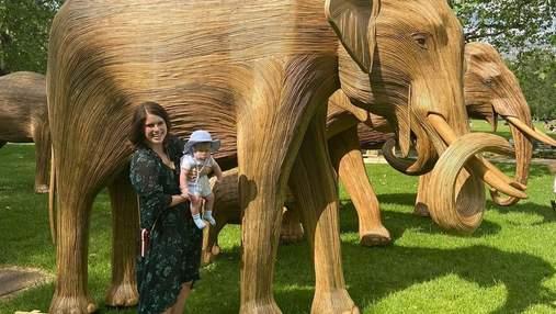 Принцеса Євгенія показала прогулянку з 4-місячним сином: фото з Грін-парку в Лондоні